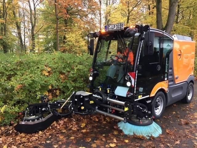 Mathieu Kompaktkehrmaschine Azura Flex MC 210