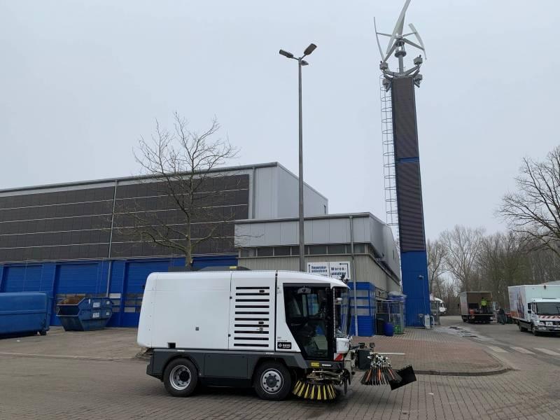 RAVO ELEKTRISCHE Maxi compacte straatveegmachine