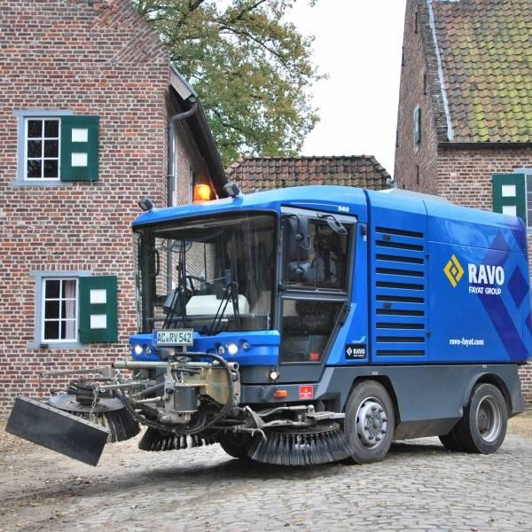 Maxi compact veegmachine High Speed Euro 6